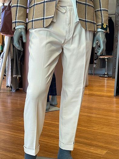 pantalon pinzas crudo